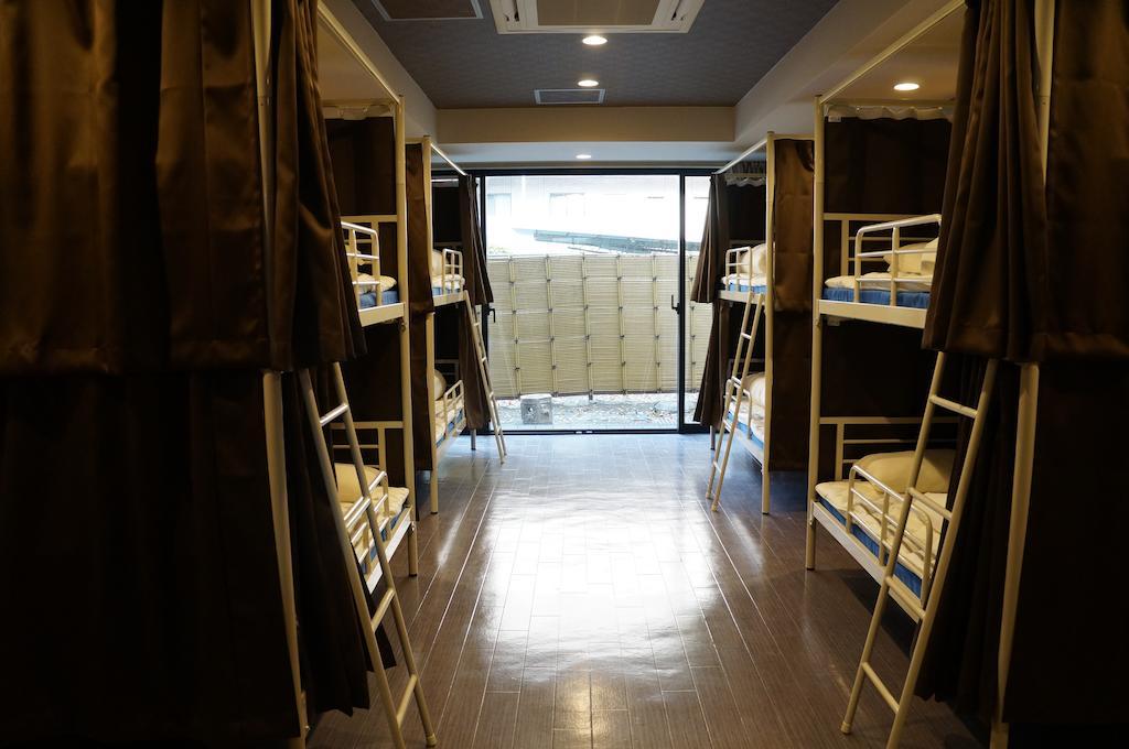 oak hostel zen best hostels tokyo