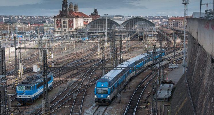 Prague to Budapest by Praha Hlavni Nadrazi