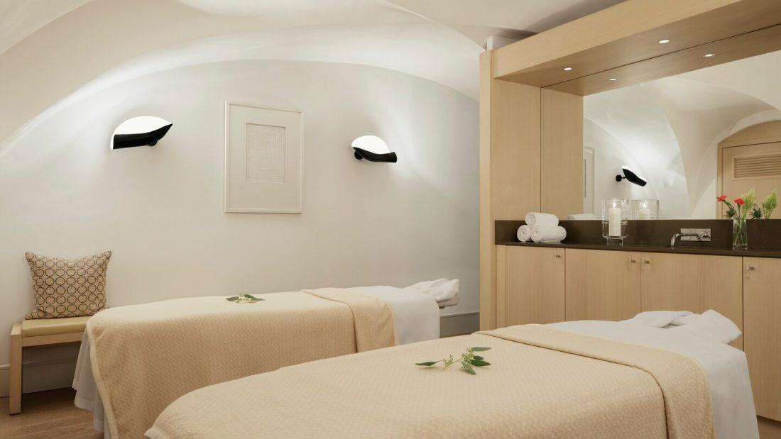 prglc spa treatment room 9205 hor wide