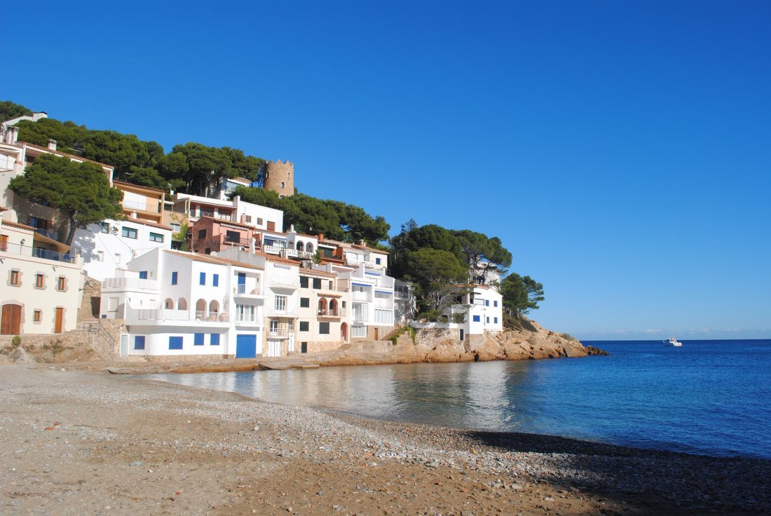 begur spain - perfect day trip from barcelona