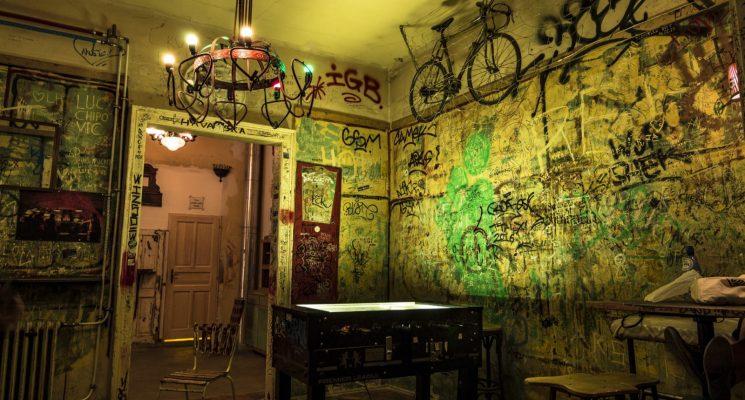 the best ruin bars in Budapest - Szimpla Kert