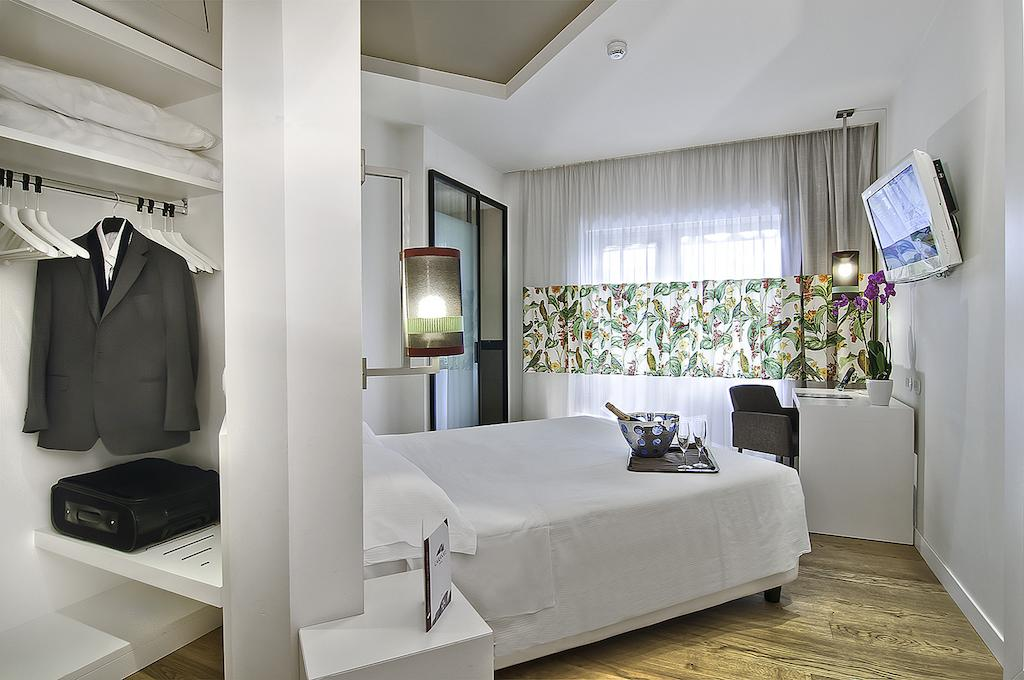 hotel caraval best hotels rome
