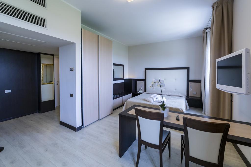 suite hotel elite best hotels bologna