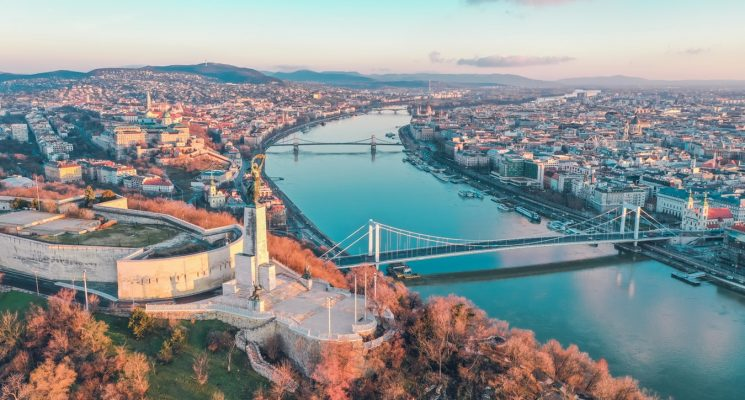 reason to visit budapest 1b