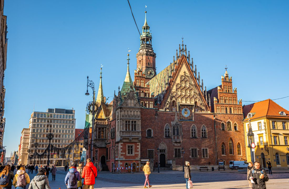 old town hall rynek market square wroclaw