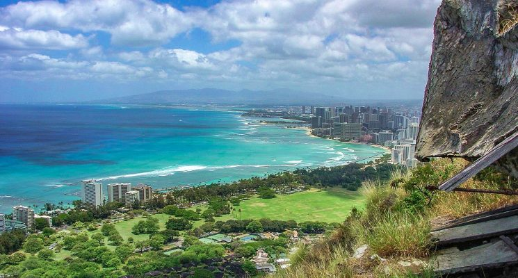 Diamond Head Hiking trail in Oahi Hawaii