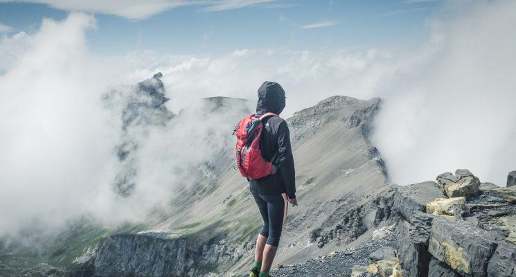 deuter back pack hiking