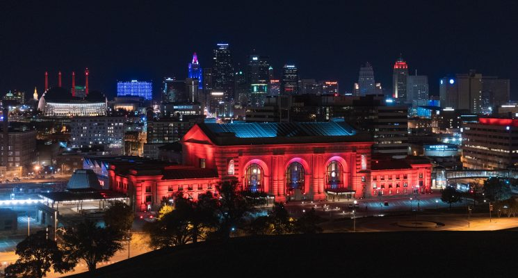 kansas city skyline at twilight