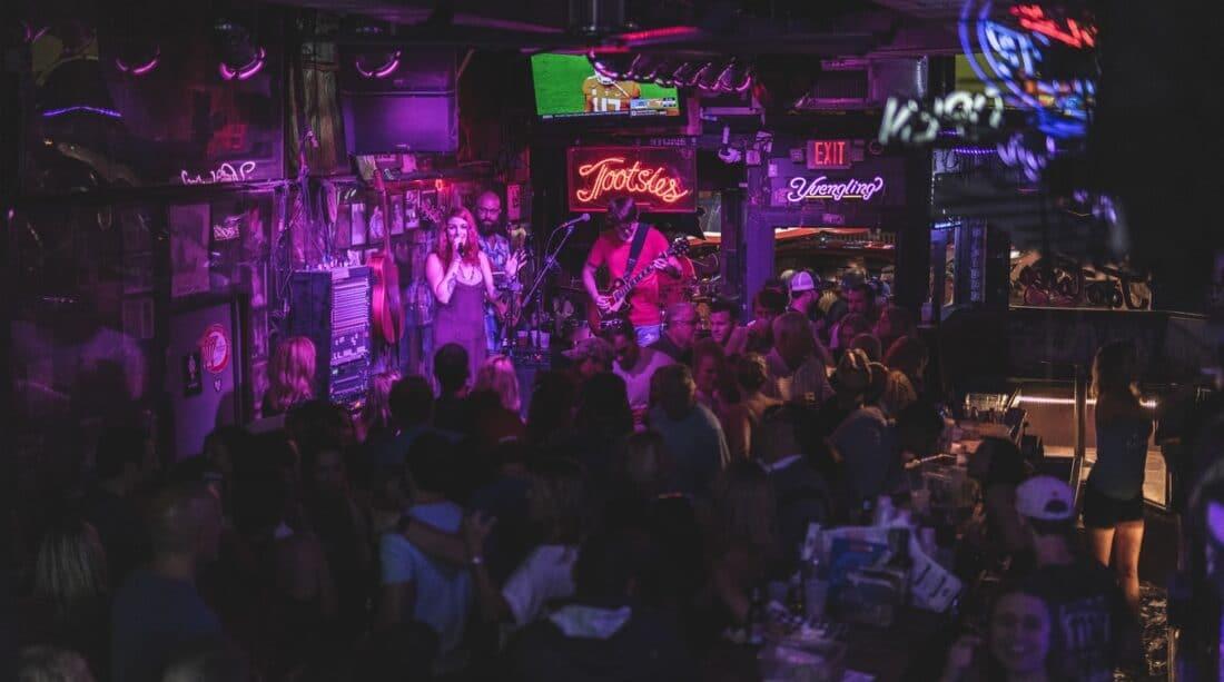 people inside a nashville bar